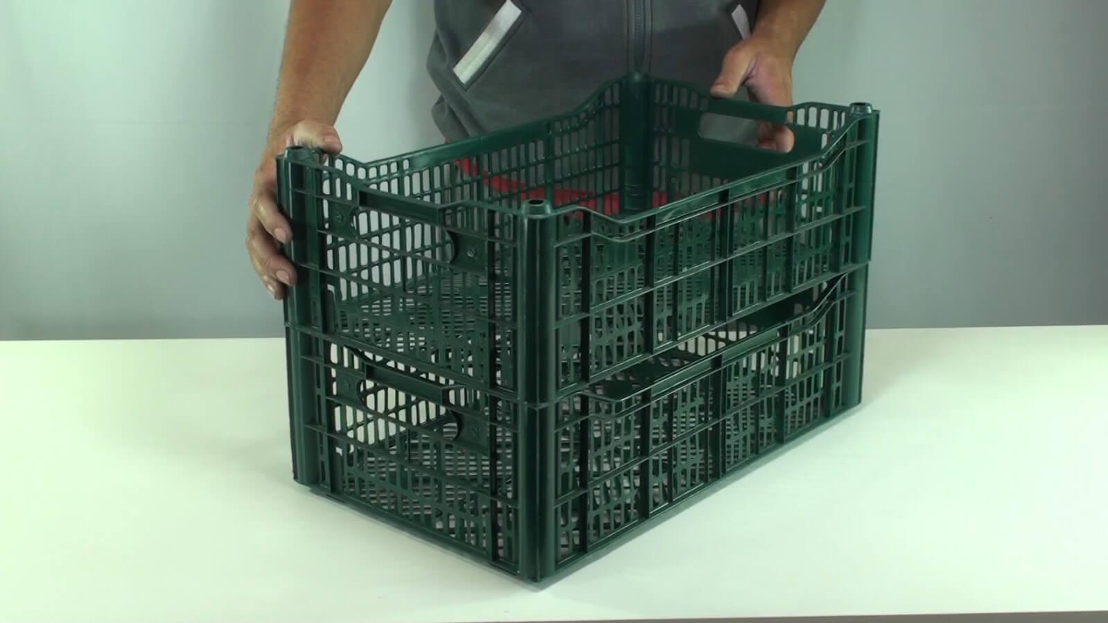 caixa plástica semi descartável empilhamento